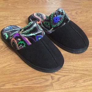Vera Bradley Cozy Slippers Kiev Paisley Pattern